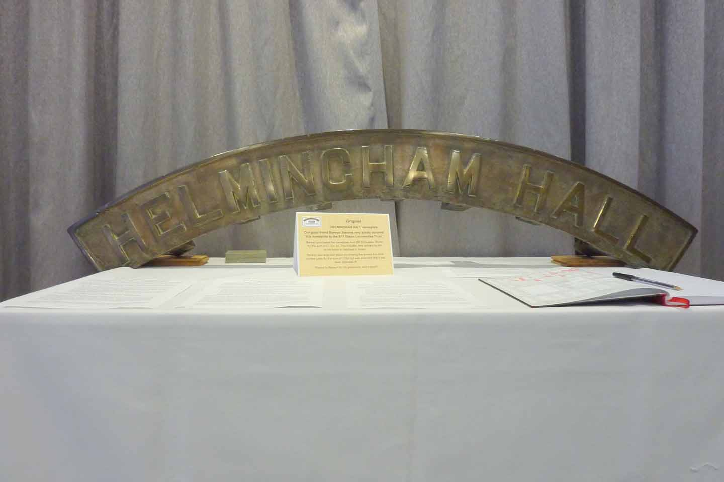 Helmingham Hall nameplate reduced