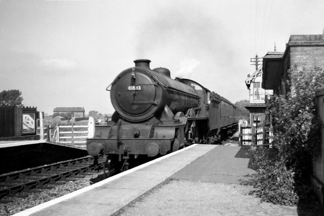 61633 Kimbolton Castle at Stixwold 1951